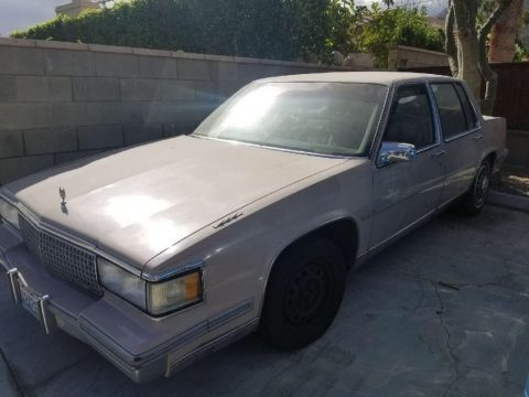 NICE 1988 Cadillac DeVille for sale